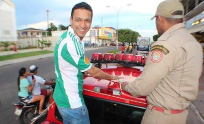 Marcelinho participa de carreata em Manacapuru (Foto: Reprodução/Facebook)