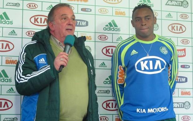 Apresentação Obina no Palmeiras (Foto: Diego Ribeiro / Globoesporte.com)