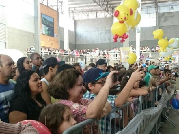 Concurso de cães atraiu milhares de expectadores (Foto: Ana Paula Yabiku/G1)