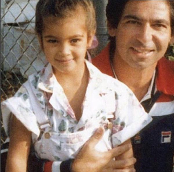 Kim Kardashian ao lado do pai, Robert Kardashian (Foto: Reprodução/Instagram)