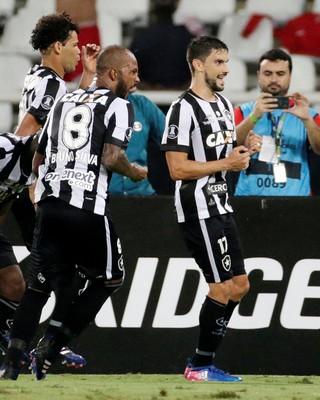 Botafogo x Estudiantes gol Pimpão (Foto: Reuters)