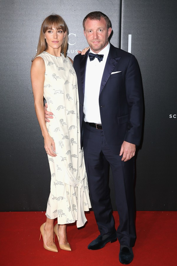 O cineasta Guy Ritchie e sua esposa, Jacqui Ainsley (Foto: Getty Images)