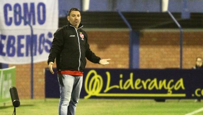Guilherme Alves - técnico do Vila Nova (Foto: Jamira Furlani / Avaí FC)