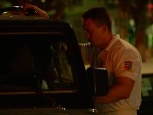 Capitão da PM do RN foi detido durante blitz da Lei Seca em Natal (Foto: Reprodução/Inter TV Cabugi)
