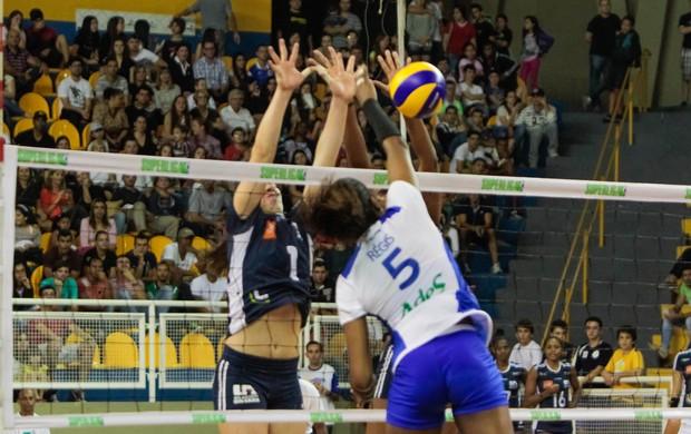 Superliga feminina: Araraquara x Rio de Janeiro (Foto: Deivide Leme/Tribuna Impressa)
