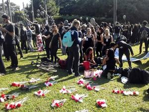 Funcionários da Unicamp fazem ato de protesto no campus de Campinas  (Foto: Pedro Amatuzzi)