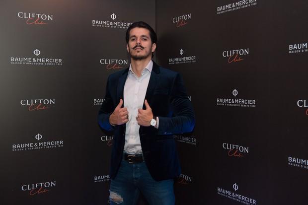 além dos esportistas, personalidades como o ator Bruno Lopes também participaram do lançamento (Foto: Divulgação)