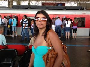Passageira mudou de horário (Foto: Letícia Macedo/ G1)