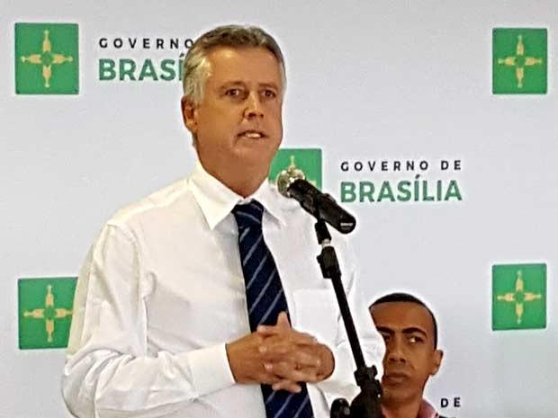 Governador do DF, Rodrigo Rollemberg, durante divulgação de balanço dos 120 dias de governo (Foto: Luciana Amaral/G1)