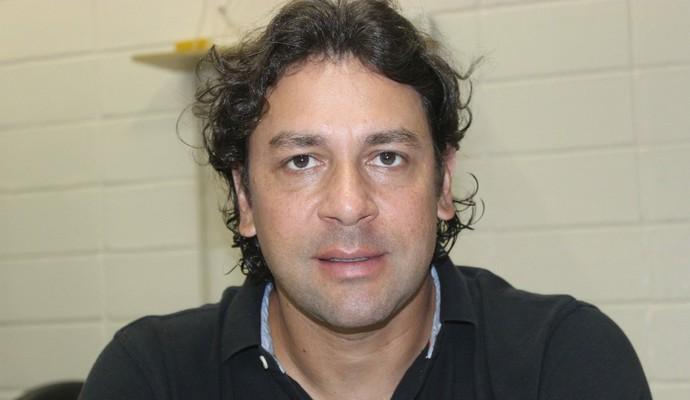 Marcus Vinicius Auxiliar Técnico Mogi Mirim Sapo  (Foto: Geraldo Bertanha / Mogi Mirim EC)