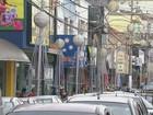 Crise pesa e prefeituras reduzem ou cortam a decoração de Natal na região
