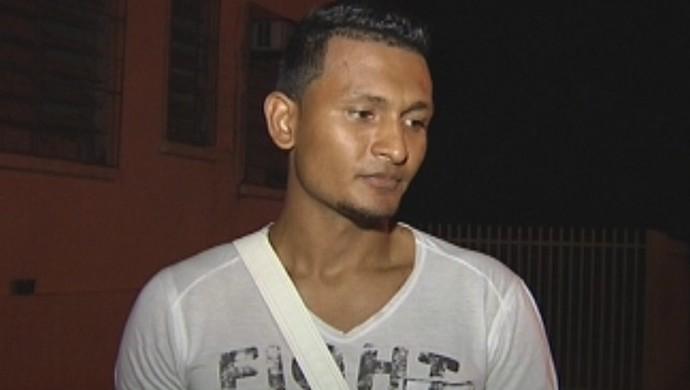 Índio, zagueiro do Independente (Foto: Reprodução / TV TEM)