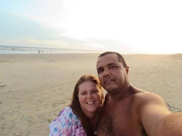 Após alguns anos juntos, casal foi morar em Itanhaém onde se conheceram (Foto: Arquivo Pessoal)