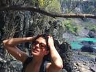 Carol Castro relembra viagem e posta foto de biquíni em Noronha