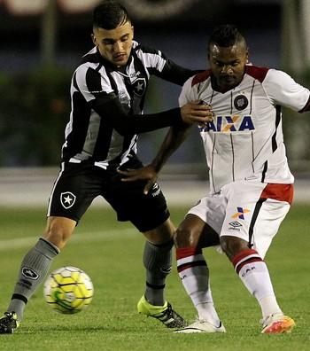 Victor Luis Botafogo (Foto: Vitor Silva/SSPress/Botafogo)