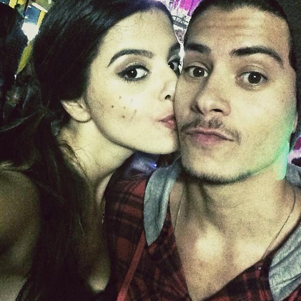 Giovanna Lancellotti e Arthur Aguiar em festa julina (Foto: Instagram/ Reprodução)