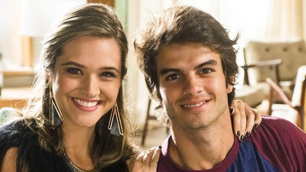 'Totalmente': Cassandra e Fabinho em vídeo exclusivo! (Totalmente Demais)