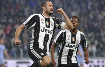 Juventus se recupera com Chiellini artilheiro e continua líder do Italiano