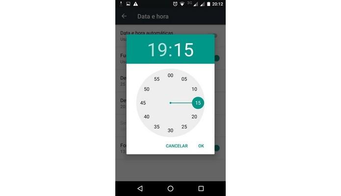 cambio de hora en Android (Foto: Reproducción / Raquel Freire)