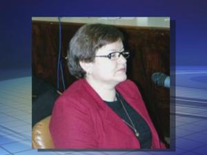 Ex-funcionária da prefeitura é suspeita de desvio de verbas (Foto: Reprodução/TV TEM)