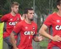 Não fica: Atlético-PR toma decisão e tira André Lima dos planos para 2017