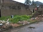 Obra abandonada vira reduto para usuários de drogas em São Vicente
