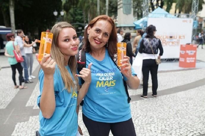 Quem encarou os desafios, ganhou brinde (Foto: Luiz Renato Corrêa/RPC)