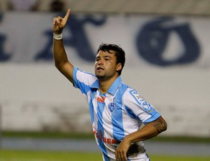 Heverton Paysandu gol Remo (Foto: Ricardo Lima / Agência Estado)