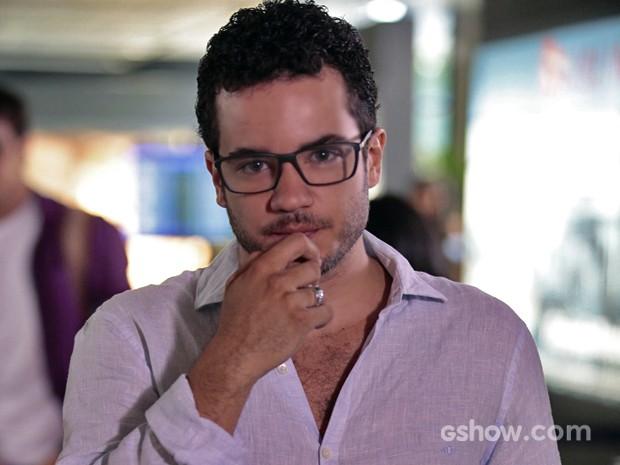 Thiago Mendonça é Felipe na novela 'Em Família' (Foto: Pedro Curi/ TV Globo)