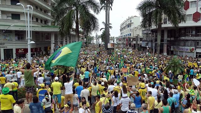 Manifestação em Santos (Foto: Roberto Strauss)