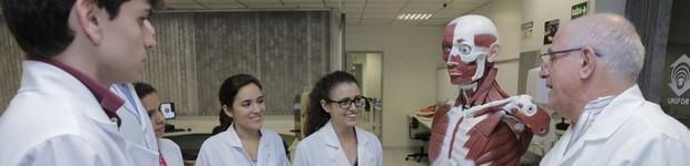 Cursos do Centro de Ciências da Saúde obtêm nota alta do MEC (Cursos do Centro de Ciências da Saúde obtêm nota alta do MEC (Cursos do Centro de Ciências da Saúde obtêm nota alta do MEC  (editar título)))