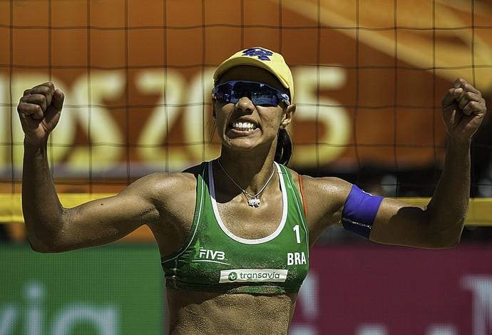 Juliana - vôlei de praia (Foto: FIVB)