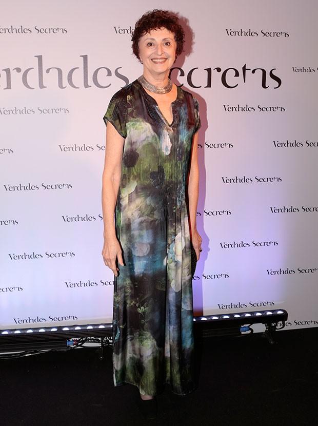 Ana Lucia Torre usa longo estampado (Foto: Felipe Monteiro/Gshow)