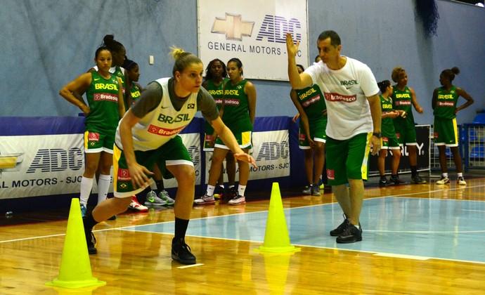 Nádia Colhado seleção feminina de basquete (Foto: Danilo Sardinha/GloboEsporte.com)