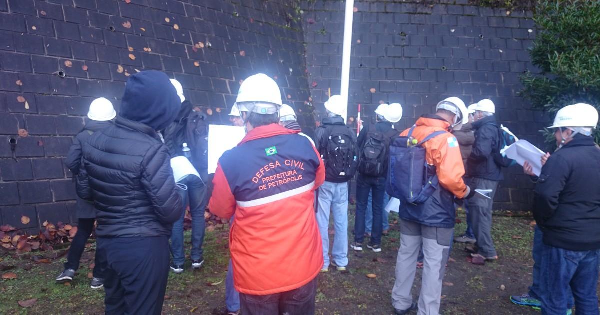 Petrópolis, RJ, participa de curso japonês de mapeamento de risco - Globo.com