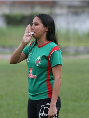 Aline Costa é a treinadora da Tuna no Brasileiro Feminino (Foto: Cristino Martins/O Liberal)