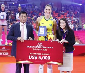 Thaísa Grand Prix vôlei prêmio (Foto: Divulgação/FIVB)