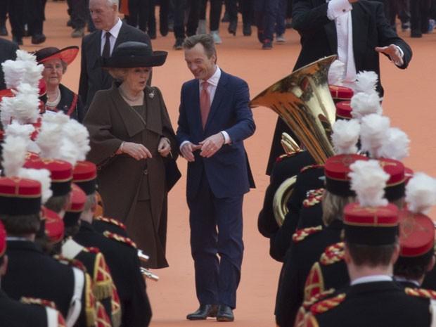 A cerimônia de reinauguração será uma das últimas conduzidas pela rainha Beatrix, que abdicará do trono em favor de seu primogênito, o príncipe Willem-Alexander, depois de quase 33 anos de reinado. A cerimônia acontecerá no dia 30 de abril. (Foto: Peter Dejong/AP)