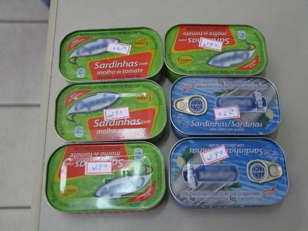 As seis latas de sardinha furtadas custariam R$ 17,40, valor que Adriano Ramos não possuía. Ele afirma ter cometido o crime por estar com fome (Foto: Walter Paparazzo/G1)