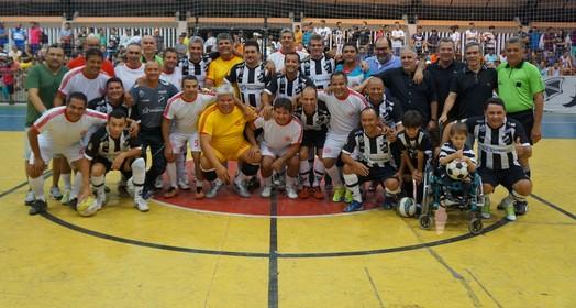 velha guarda (Augusto Gomes/GloboEsporte.com)
