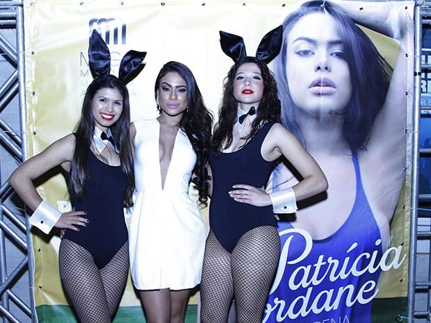 Patrícia Jordane divulga sua 'Playboy' em Maringá, no Paraná (Foto: Daniel Salas/ Divulgação)