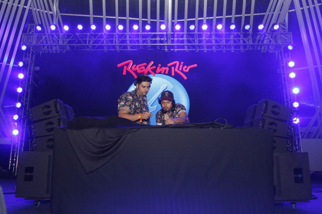 Rodrigo Gorky e Phillip A no primeiro dia de Rock in Rio (Foto: Lucas Soares)