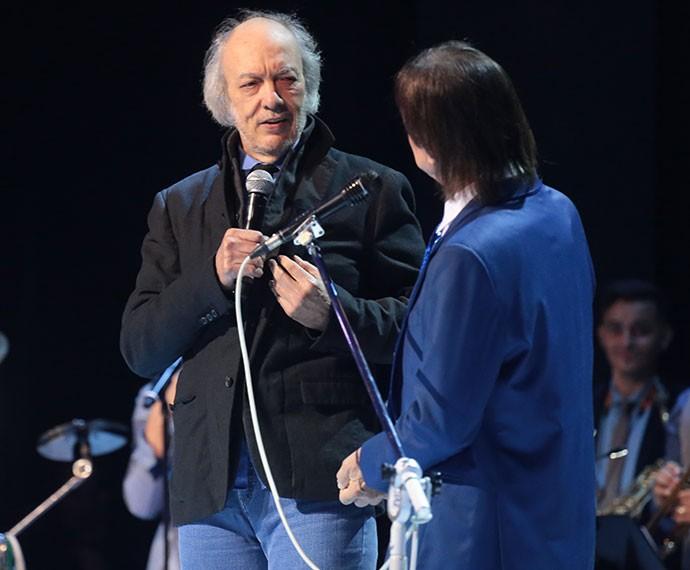 Erasmo Carlos faz dueto com o Rei (Foto: Paulo Belote/Globo)