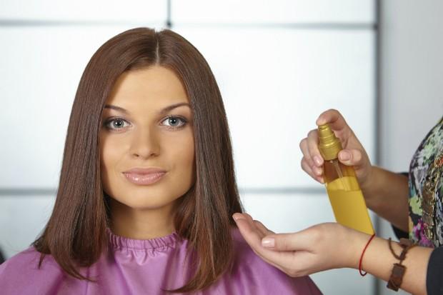 Silicone ou óleo? Veja o efeito dos dois para seu cabelo