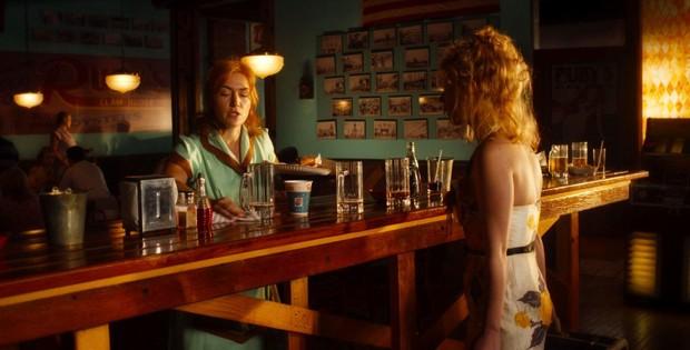 Cores dramáticas e estética teatral invadem 'Roda Gigante', de Woody Allen (Foto: Amazon Studios/Divulgação)