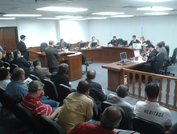 Advogados de Goytacaz e America no STJD (Foto: Marcos Paulo Rebelo)