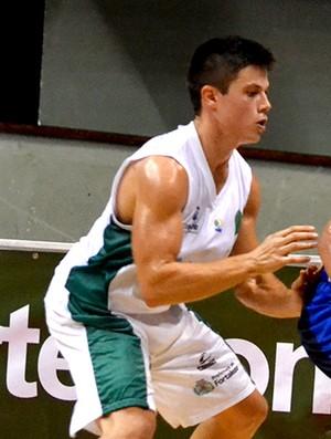 Valtinho São José Basquete x Basquete Cearense (Foto: Arthur Marega Filho/ São José Desportivo)
