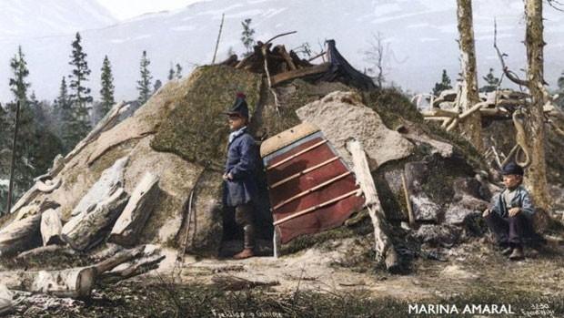 Hoje, existem diversas comunidades na internet dedicadas à coloração de fotos antigas (Foto: Norse Folkemuseum)