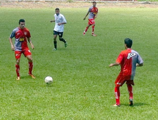 Guarani-MG Divinópolis MG jogo treino Divinópolis Esporte Clube DEC campo do Sport Carmo do Cajuru 2014 (Foto: Guarani-MG/Divulgação)
