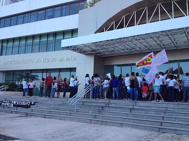 Reunião professores e governador Bahia (Foto: Rafaela Ribeiro/ G1)
